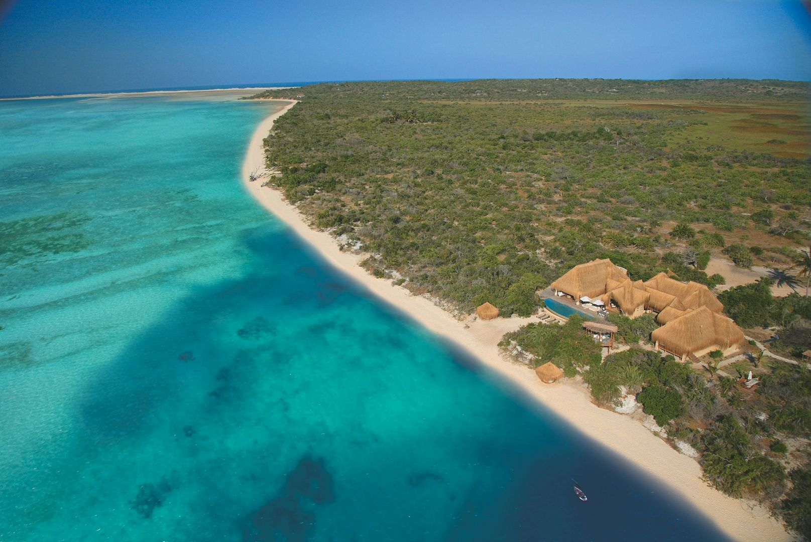Vilanculos, Inhassoro & Bazaruto - Azura Benguerra Lodge Mozambique