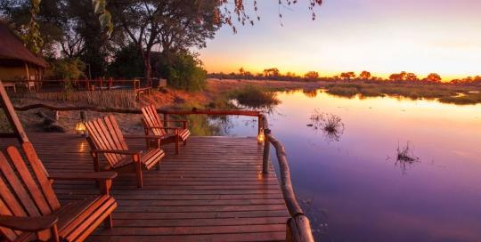 Lagoon Camp - deck