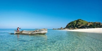 Constance Tsarabanjini is located on an island off the coast of Madagascar. 25 villas with Indian Ocean Views, activities include snorkelling, scuba diving and spa treatments.