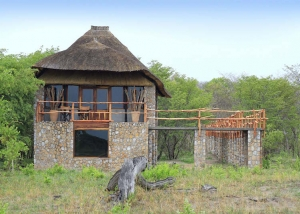 Gwango Elephant Lodge, Tree-Top Villa external view.