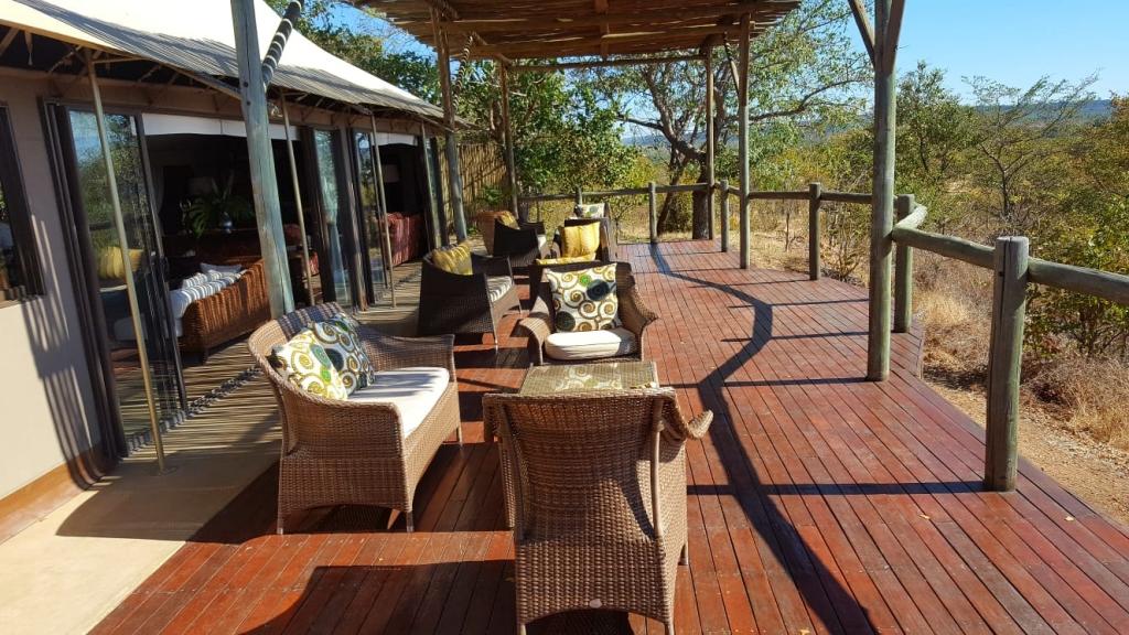 Deck, The Elephant Camp