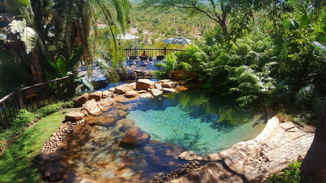 Victoria Falls Safari Lodge - pool and deck